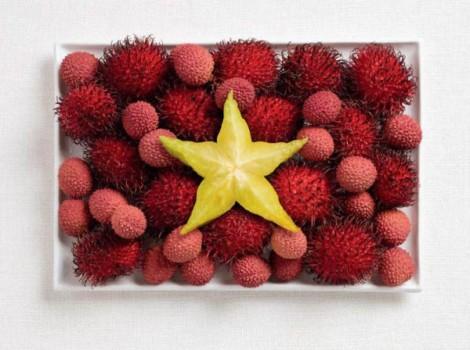 Vietnam flag made from rambutan, lychee and starfruit.