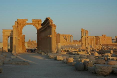 Palmyra (Photo: Ron Van Oers)