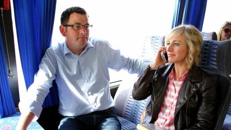 Daniel Andrews and wife Catherine on the campaign bus. (Photo: Mark Stewart/Herald Sun)