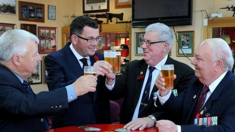 Victorian Opposition Leader Daniel Andrews at Noble Park RSL with Vietnam veterans Henry Siwes, Peter Diprose and John Meehan. (Photo: Andrew Henshaw/Herald Sun)