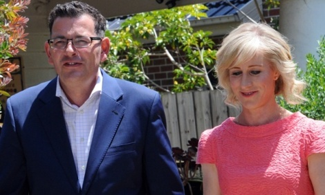Victorian opposition leader Daniel Andrews and wife Cath Andrews campaign in Bentleigh on Friday. (Photo: Julian Smith/AAP via Guardian)