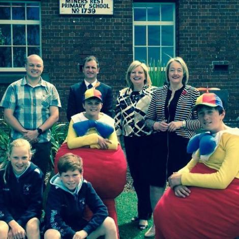 Wendy Lovell MP delivers $100k for Miners Rest kindy. Delighted to have my advocacy heard. (Via Louise Staley Twitter)