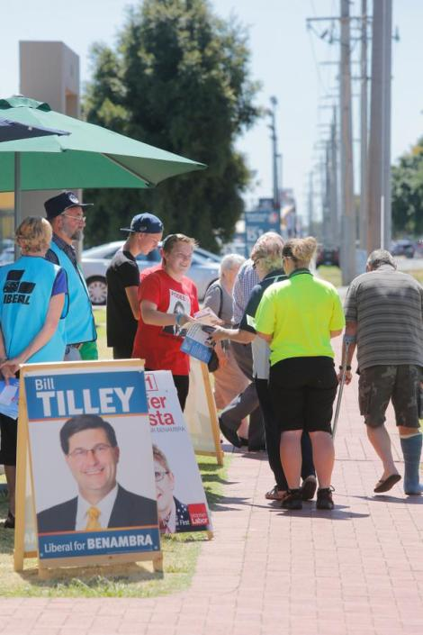 """Don't follow my how-to-vote card"".  http://bit.ly/11vjmlb  Labor candidate frustrated with preferences. (Via bordermail Twitter)"