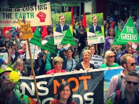 Fantastic to see Senator Milne, Janet Rice, Samantha Dunn March against EWLink today! (Via Rick Cutrona Twitter)