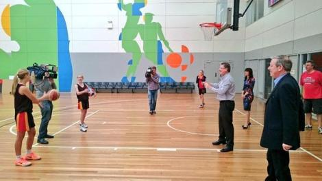 Premier Napthine out and about today to announce a $127m plan to combat chronic illness and obesity. (Via Matt Gallant Twitter)