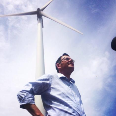 At the Challicum Hills to announce Labor's plan to save wind farms (Via Daniel Andrews Twitter)