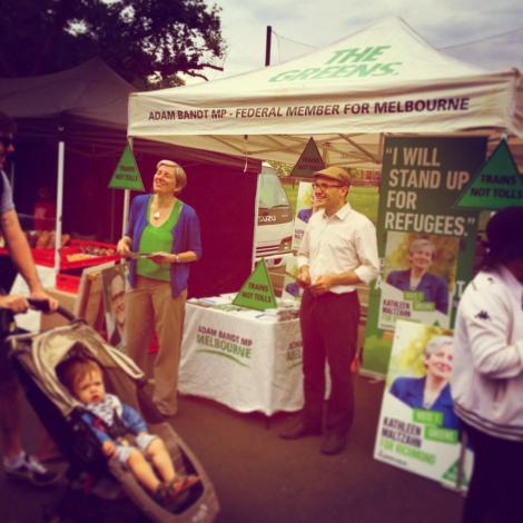 Great morning with Adam Bandt at Gleadell St market, now talking to queuing voters at early voting booth.  (Via Kathleen Maltzahn Twitter)