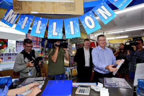 PHOTO Vic Premier buying a lotto ticket for sat nights draw. Two more sleeps. (Photo Penny Stephens/The Age)