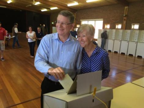 With Peggy at Port Fairy voting for a Better Vic (Via Denis Napthine Twitter)