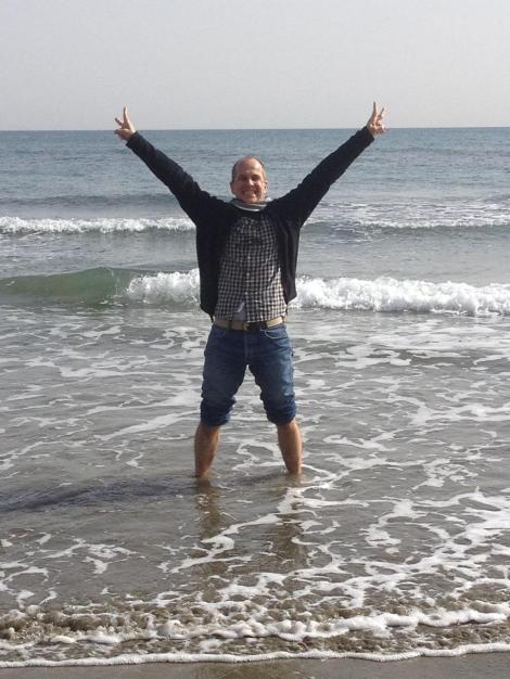 """Free in Cyprus! Feels sweet. Peter back online for first time in 400+ days. Special thanks to Mike 4 nursing twitter"" (Via Peter Greste Twitter)"