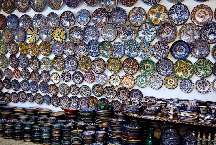 Fez pottery plates (Photo: Amy Feldtmann)