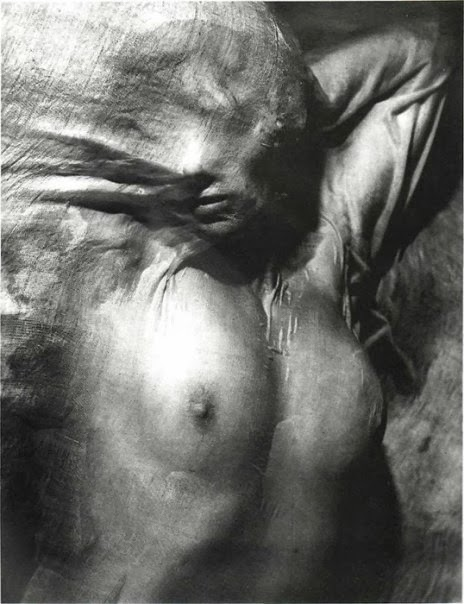 Nude under wet veil (1936). By Erwin Blumenfeld.